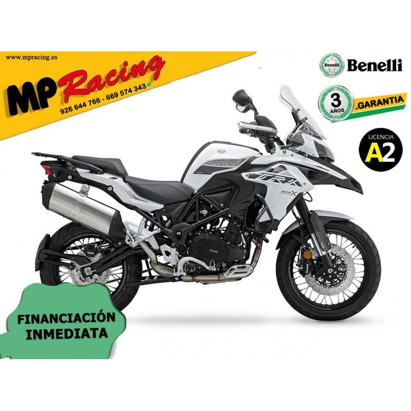 BENELLI TRK 502X 2020 CON KIT MALETAS BENELLI BLANCA MP